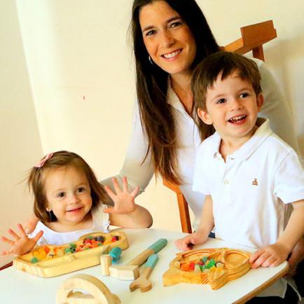 Creó su negocio a partir de sus hijos: la cordobesa que hace juguetes ´anti-pantallas´