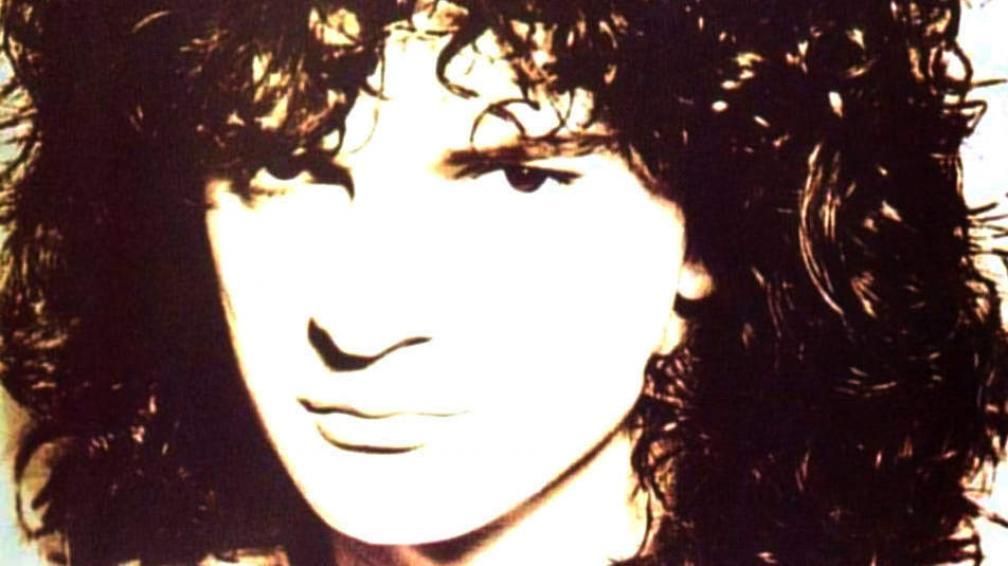 """En la tapa del disco """"Animal nocturno"""", 1993, de pleno afro."""
