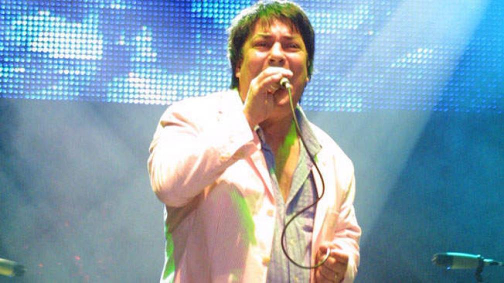 ADRIÁN OTERO. Junto a Memphis en el Festival de Peñas de Villa María 2006.