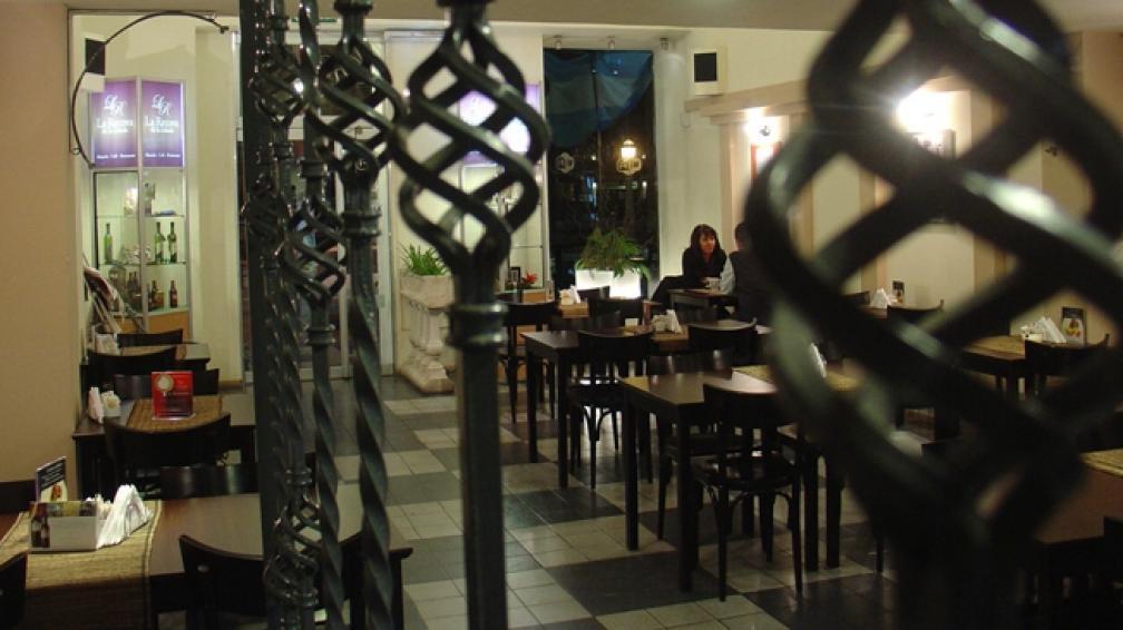 La Recova de la Cañada presenta una noche de cena y tango en vivo.