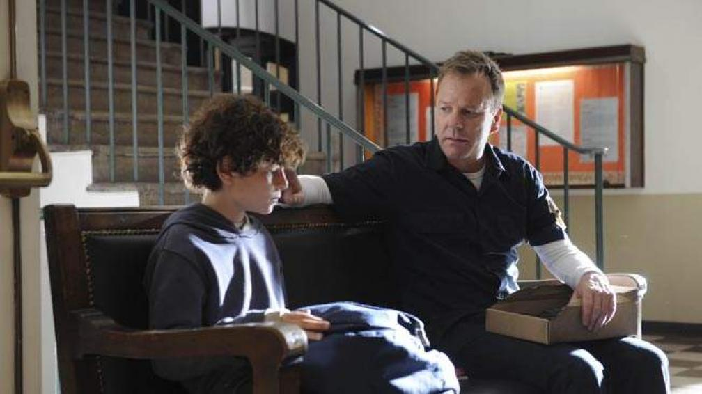 El joven David Mazouz y Kiefer Sutherland protagonizan 'Touch'.