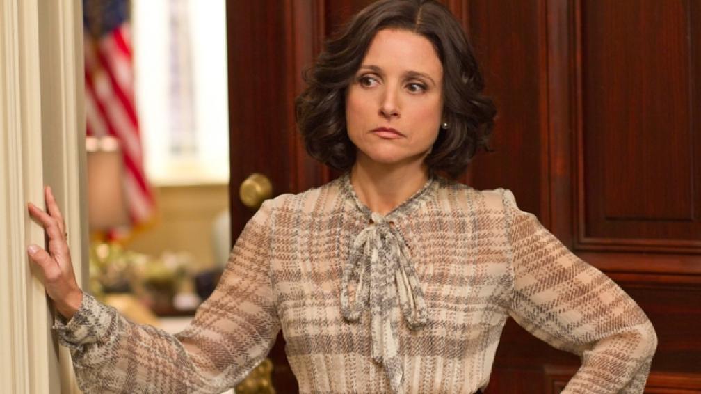 Julia Lois-Dreyfuss itnerpreta a la vicepresidenta de Estados unidos en 'Veep'.