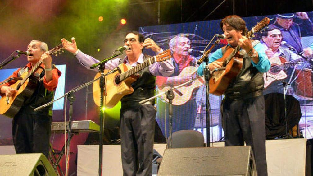 Los de Alberdi, en su presentación en el último Festival de Doma y Folklore de Jesús María.