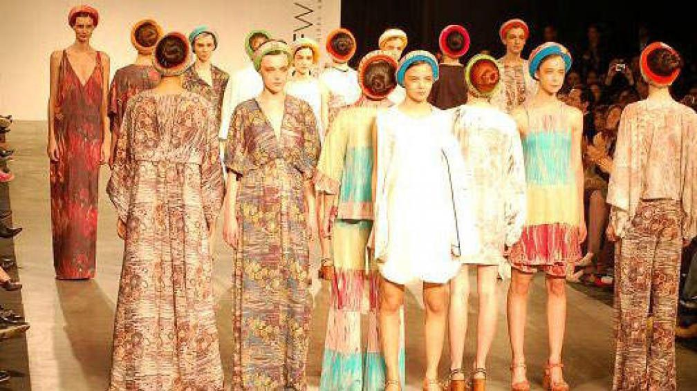 DAPPIANO. La diseñadora presentó una colección llena de estampas y colores como el nude y el camel. Foto: Majo Ruiz