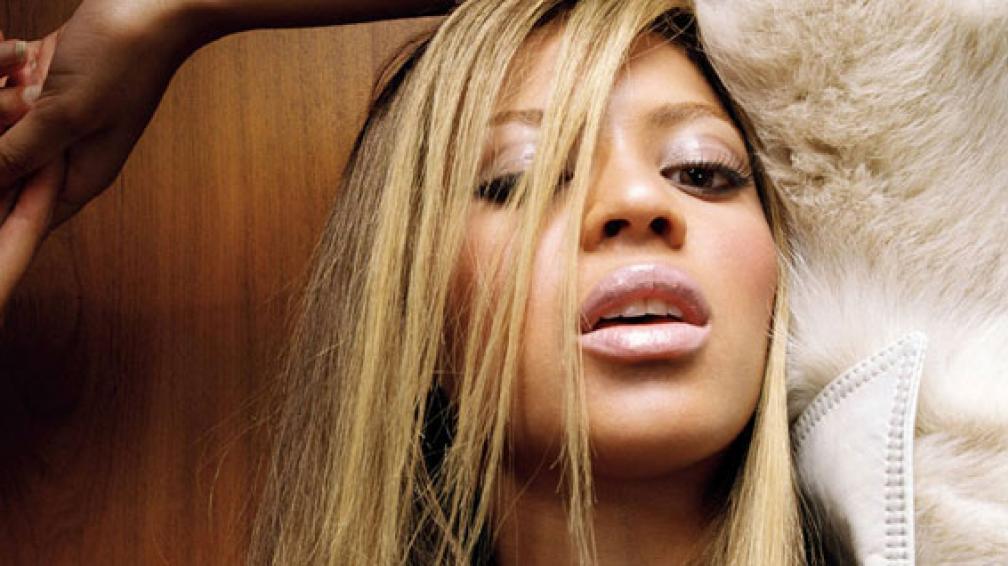 LA MAS SEXY DEL MUNDO. Así es considerada Beyoncé. Increíblemente, el rubio le queda mejor que el morocho. ¡Se supera todo el tiempo!