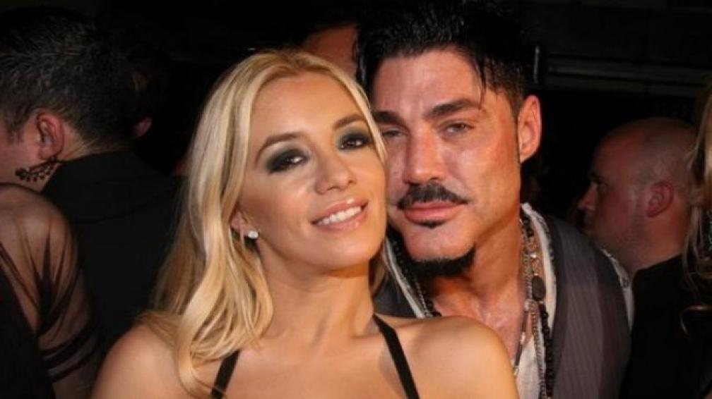 RICARDO FORT Y CLAUDIA CIARDONE, serán marido y mujer en el 2012.