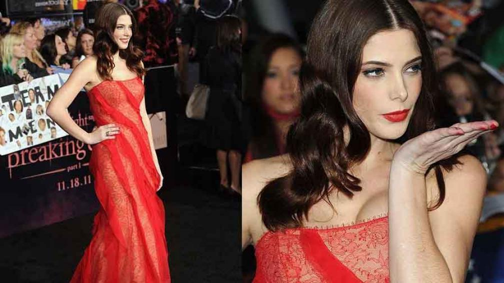 LA MÁS SEXY. Ashley Greene, con un vestido rojo que marcaba su silueta. Infartante