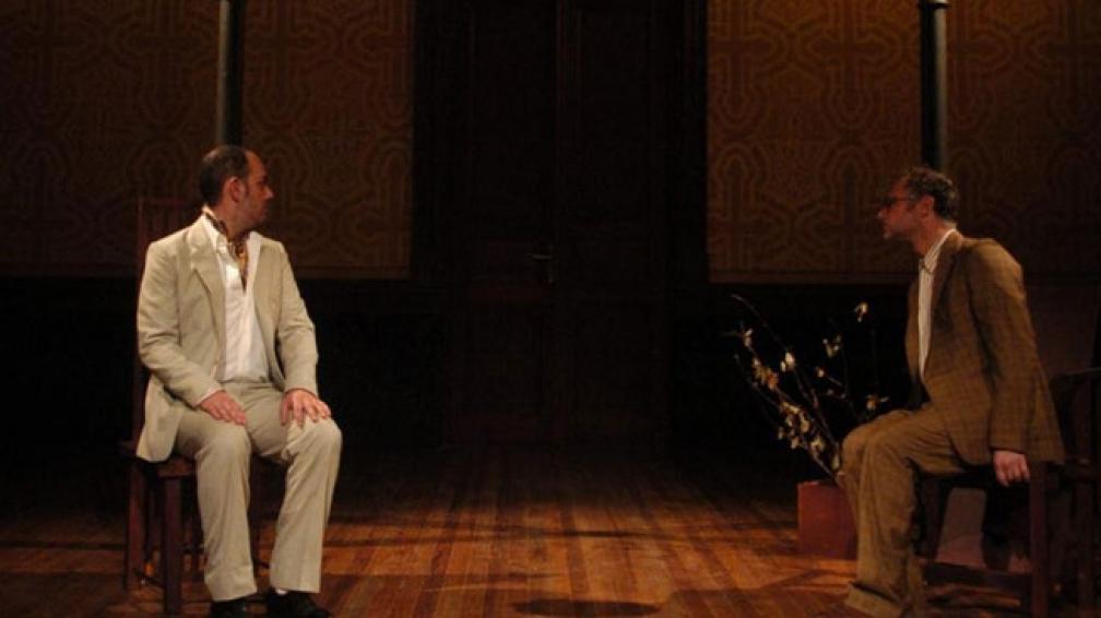 Hernán Sevilla y Alejandro Orlando proponen dos maneras de vivir el encierro.