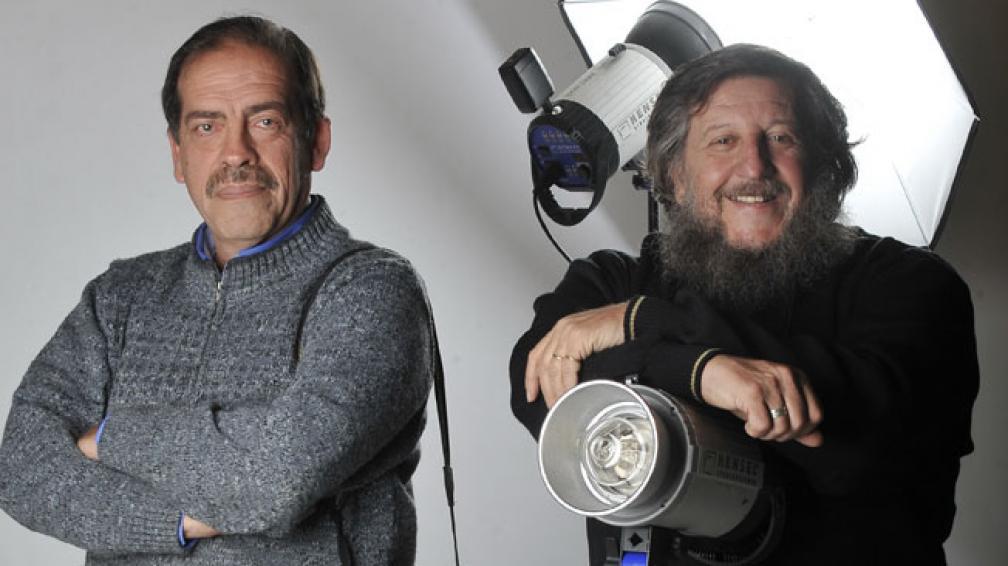 """Raúl Jiménez y Jorge Lewit: dos de los tres integrantes de Los galenos. El programa en vivo cierra el Festival """"Pensar con humor""""."""