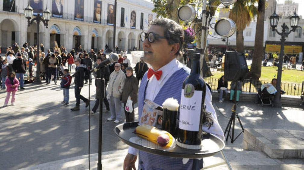 El ciclo Humor al Paso trasladó el festival humorístico a las calles cordobesas. Foto: José Hernández.