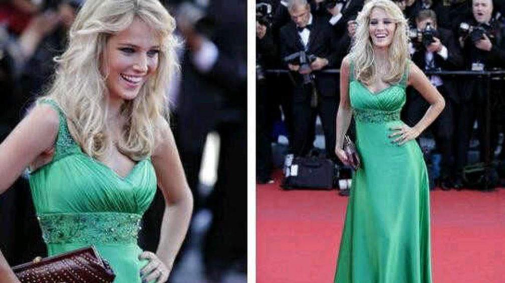 Luisana Lopilato, pasea su belleza por la alfombra roja de Cannes.
