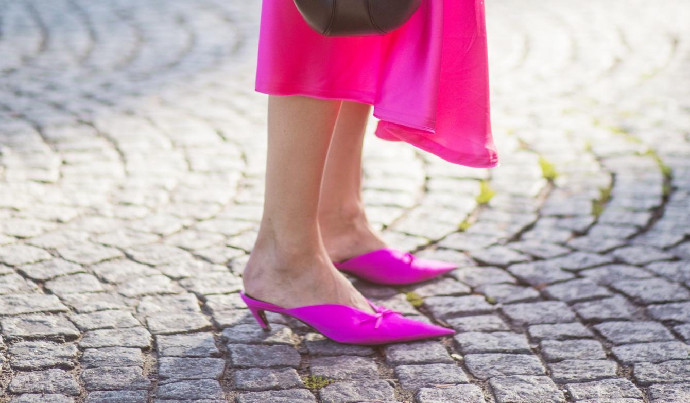 Las tendencia de zapatos para primavera es linda y cómoda