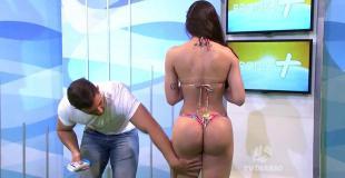 Bien hecho: modelo brasileña se enojó al aire cuando la tocaron de más