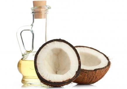 Algunas bondades del aceite de coco para el pelo