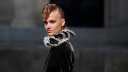 Chanel hizo un desfile a orillas del Sena (y enamoró a todo París)
