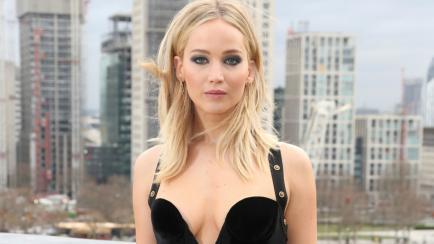 El vestido de Jennifer Lawrence que generó polémica