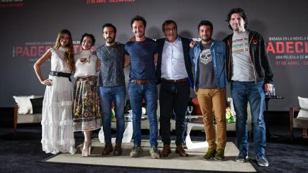 Los looks de China Suárez y Benjamín Vicuña en el estreno de Los Padecientes
