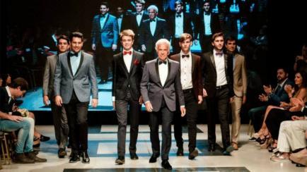 El paso de De la Sota por la moda, con marca propia
