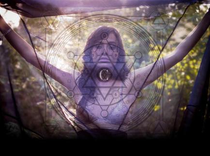 Cirsha: Mujer, fuerza natural