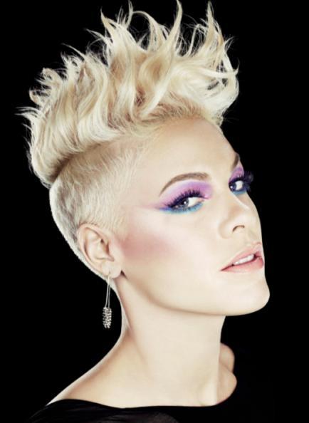 Regresa un corte de pelo que era (hasta ahora) sinónimo de punk ochentoso