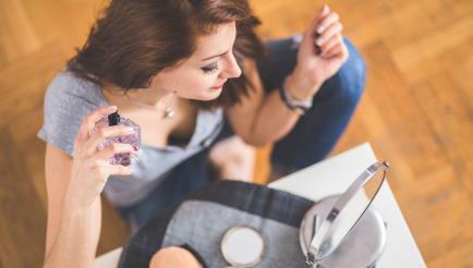 Errores graves y recurrentes a la hora de aplicarse perfume
