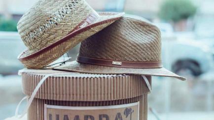 ¡Lindos! Sombreros de diseño hechos en Córdoba y con entrega a todo el país