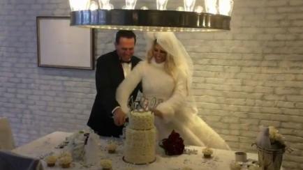 El vestido de boda de Vicky Xipolitakis (y su sensual atuendo para la noche de boda)