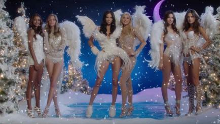 ¡Santa baby! Mirá el clip de Victoria´s Secret para esta Navidad