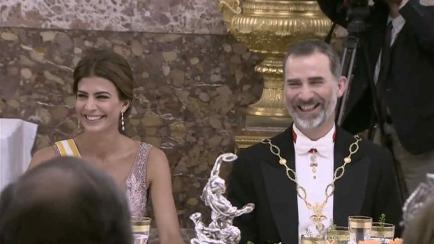 Brillos, joyas y fracs alquilados: la gala de Macri y Awada en Madrid