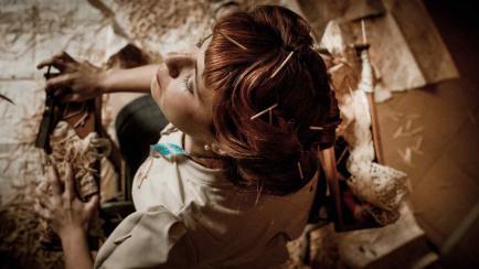 Costura y teatro: repone una obra cordobesa imperdible