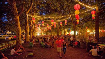 Gratis y divertido: un paseo con food trucks, música y feria de diseño en Villa Allende