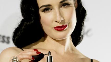 Usar perfume en el pelo para que perdure más tiempo: ¿si o no?