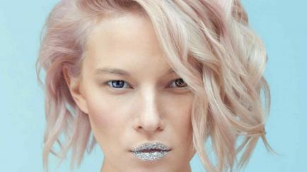 Los labios de cristal son furor en Instagram ¿te animás a usarlos?