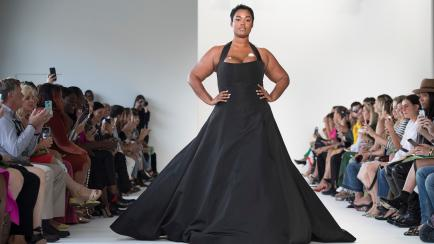 ¡Al fin va en serio! La moda suma diversidad y cuerpos reales en pasarela (6 casos nuevos)