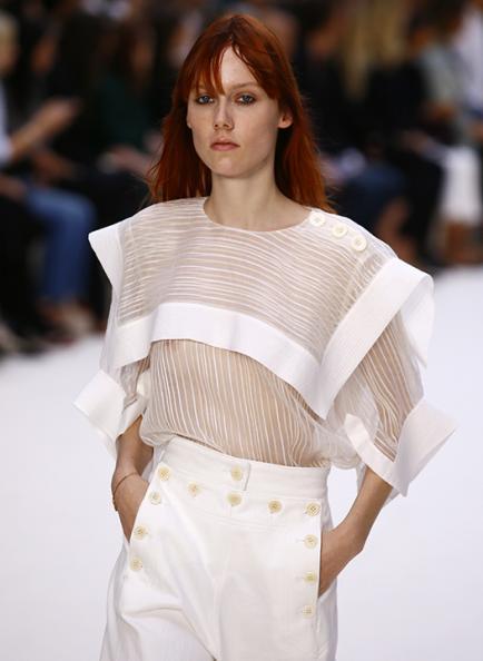 París FW: 10 tendencias de verano en los looks chic de Chloé