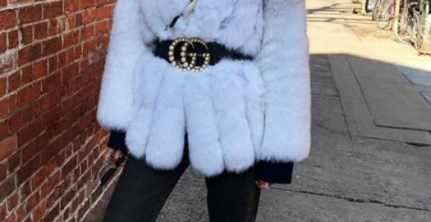 Mujeres de la moda te muestran cómo usar prendas blancas este invierno