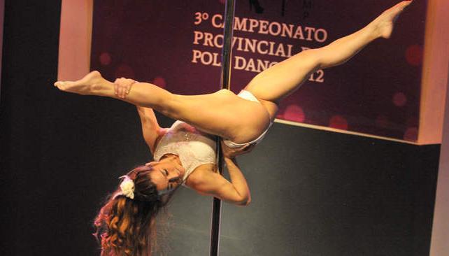 El campeonato de Pole Dance en Studio Theater reunió a lo mejor de la disciplina. Fotos: Facundo Luque.