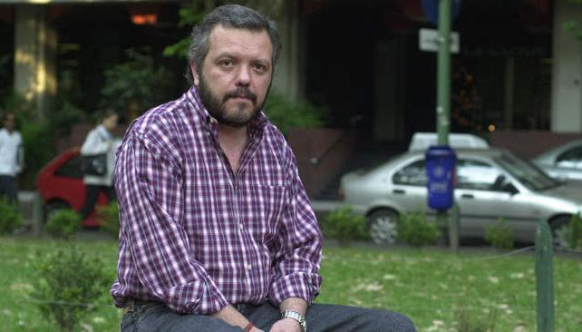 Jorge Castelli es autor de tres novelas que ponen en escena la historia y la violencia políticas nacional.