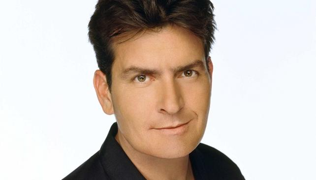 Charlie Sheen regresa a la TV con 'Anger Mangament'.