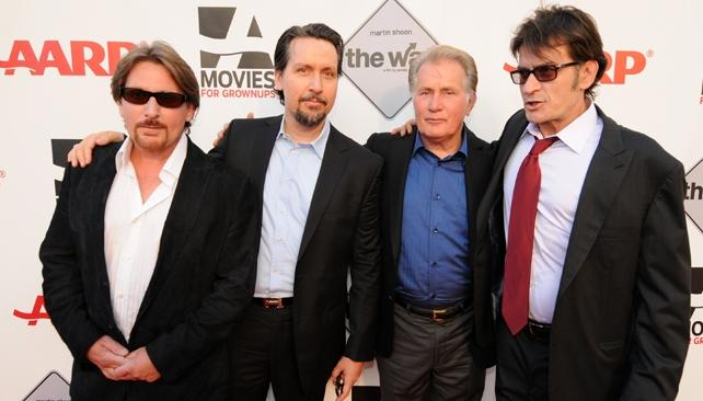 La familia Estévez/Sheen: Emilio, su hermano Ramón, su padre Martin y su otro hermano, Charlie.