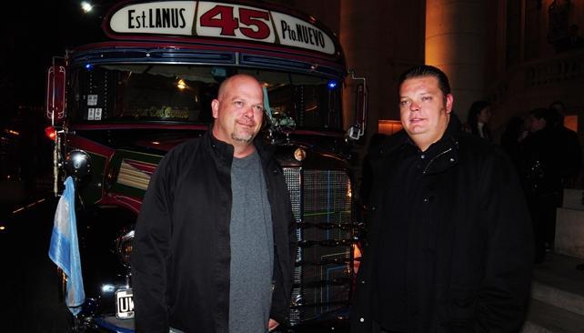 Rick y Corey Harrison, padre e hijo, se tomaron el 45 para pasear por Buenos Aires.