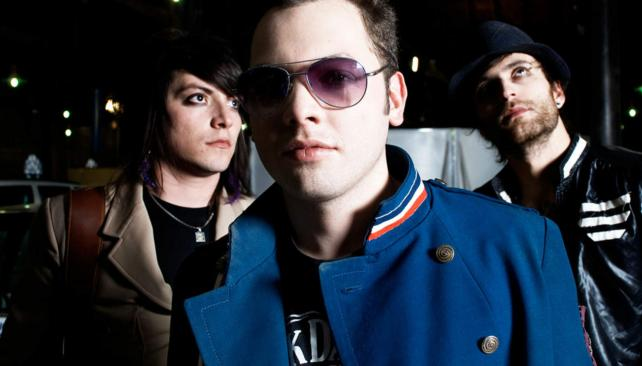 El look de Dandy Glam está inspirado en bandas como The cure, INXS o Depeche mode