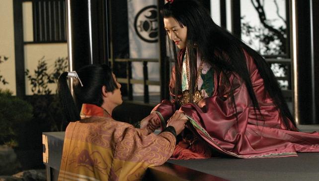 Escena de Princesa Tanuki (2005), de Seijun Suzuki.