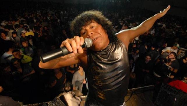 LA MONA. En la jornada inaugural, compartiá escenario con Los Caligaris y Kapanga.