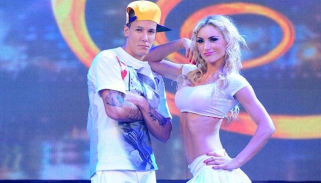 Alexander Caniggia se lució bailando cumbia al son de Los Wachiturros.