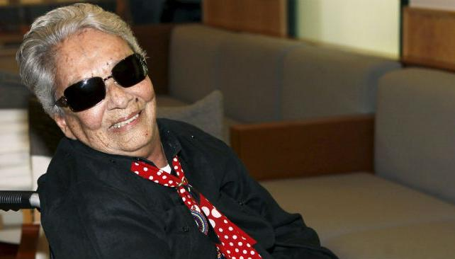 Chavela Vargas se recupera favorablemente en España.