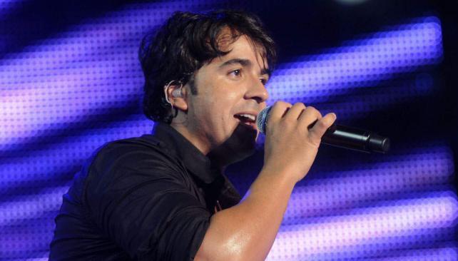 Luis Fonsi presentará en Córdoba su nuevo disco, Tierra firme.