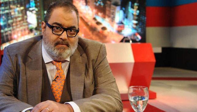 Jorge Lanata alternará el periodismo puro y duro con dosis de humor. Hará un monólogo de apertura y además tendrá un imitador que pondrá personajes en pantalla.