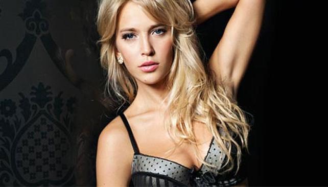 LUISANA LOPILATO. La modelo y actriz conquista el mundo con su imagen sexy. Fotos: Daily Mail.