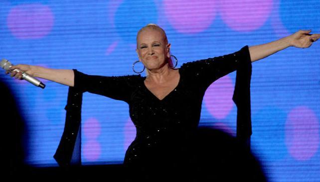 VALERIA LYNCH. La cantante fue encargada de cerrar la segunda noche. Foto: La Voz del Interior.